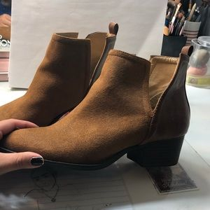 Ankle tan booties, barley worn! From forever 21